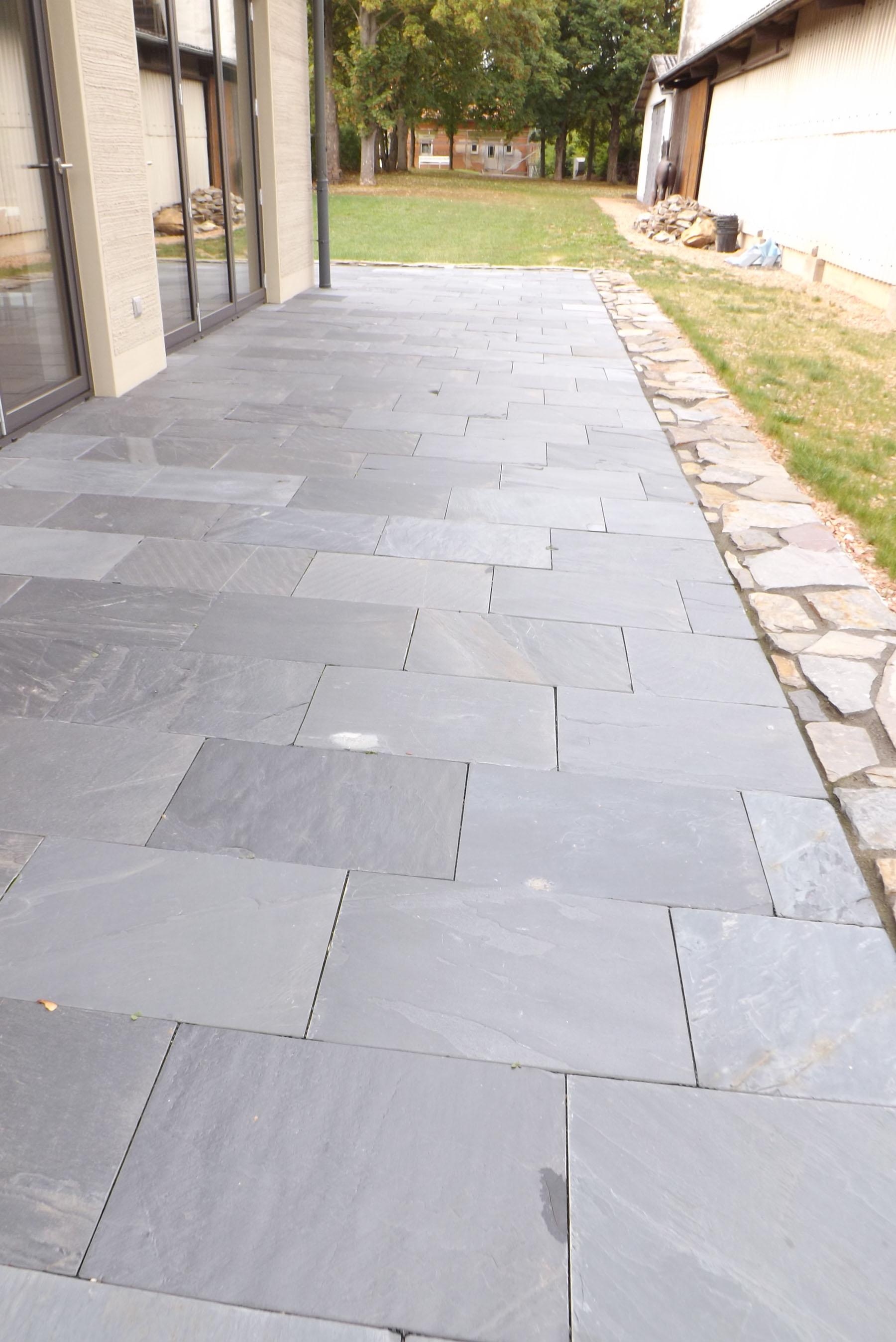 Terrassenplatten backes - Terrasse natursteinplatten ...