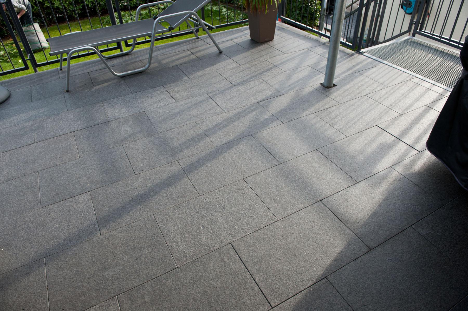 Uhl Terrassenplatten Klassische Terrassenplatten 6